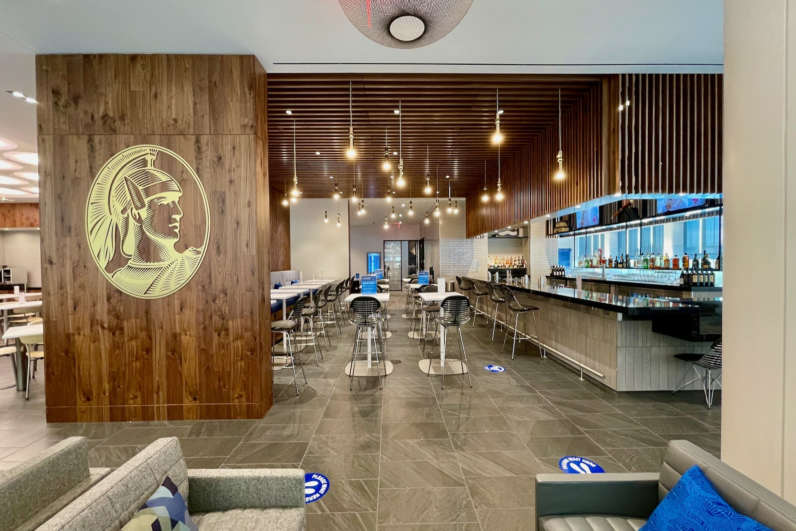 American Express eyes Newark for its largest Centurion Lounge to date - The Points Guy UK