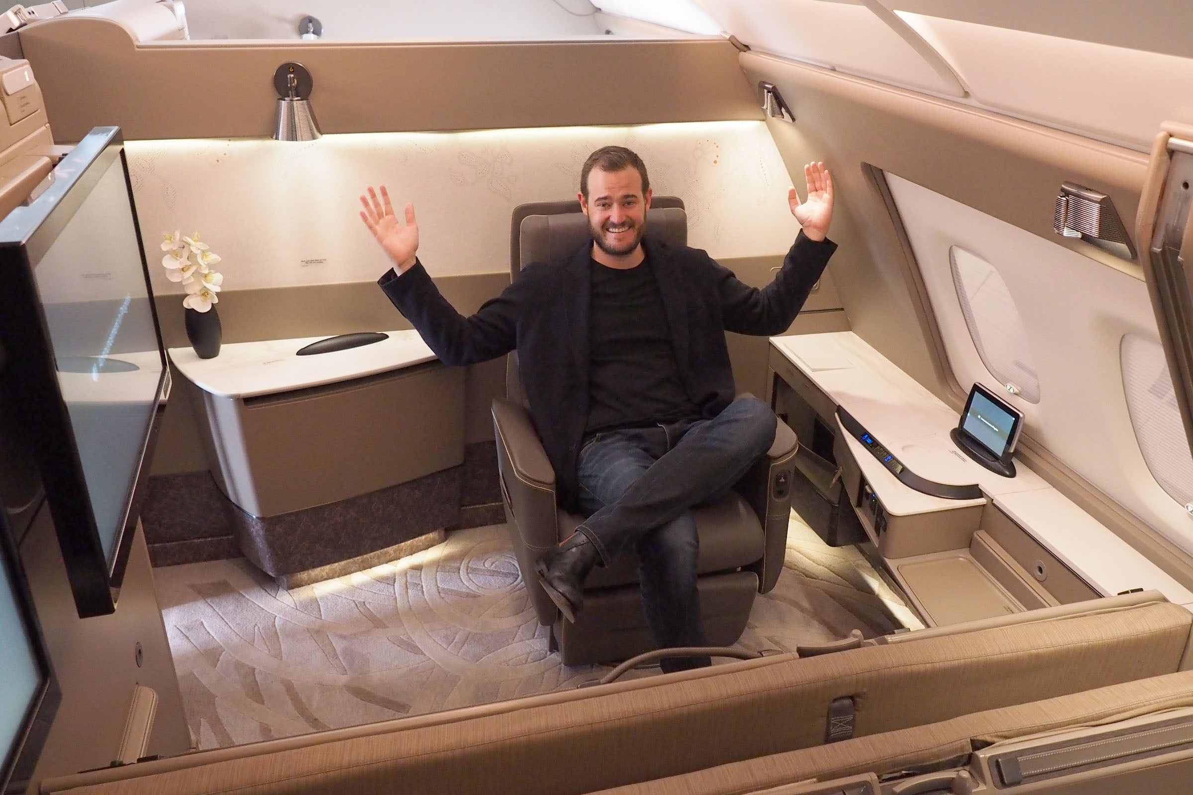 Review: Singapore's New A380 Suite, the World's New Best First Class - The Points Guy