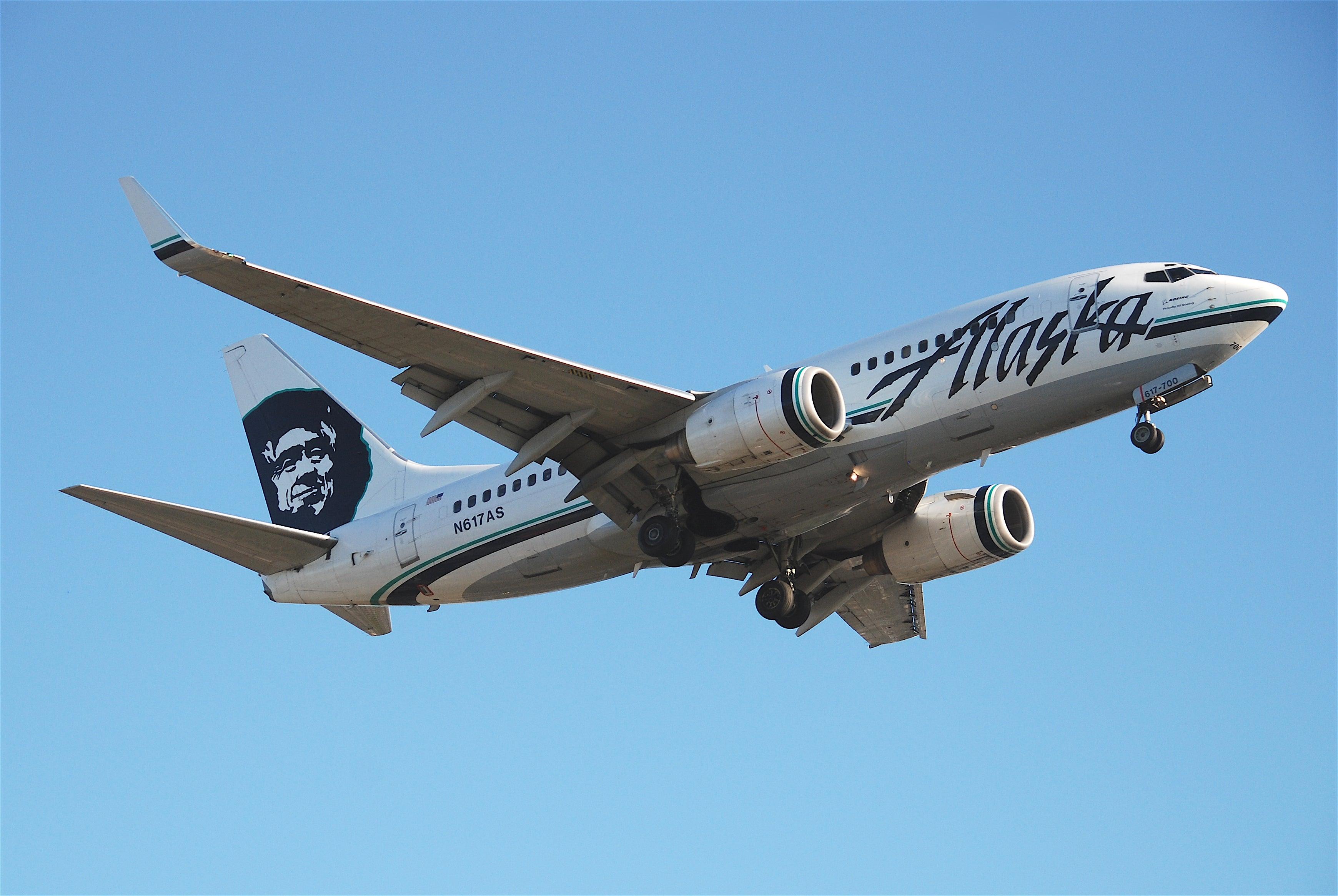Naked passenger prompts Alaska Airlines flight to return