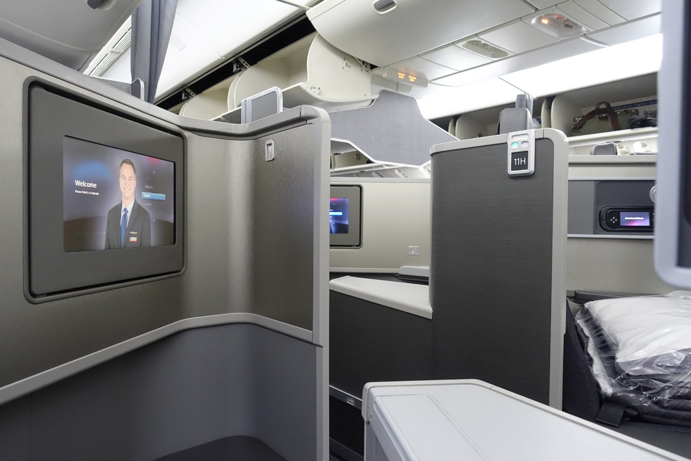 With Delta extending elite status, will American and United follow suit?