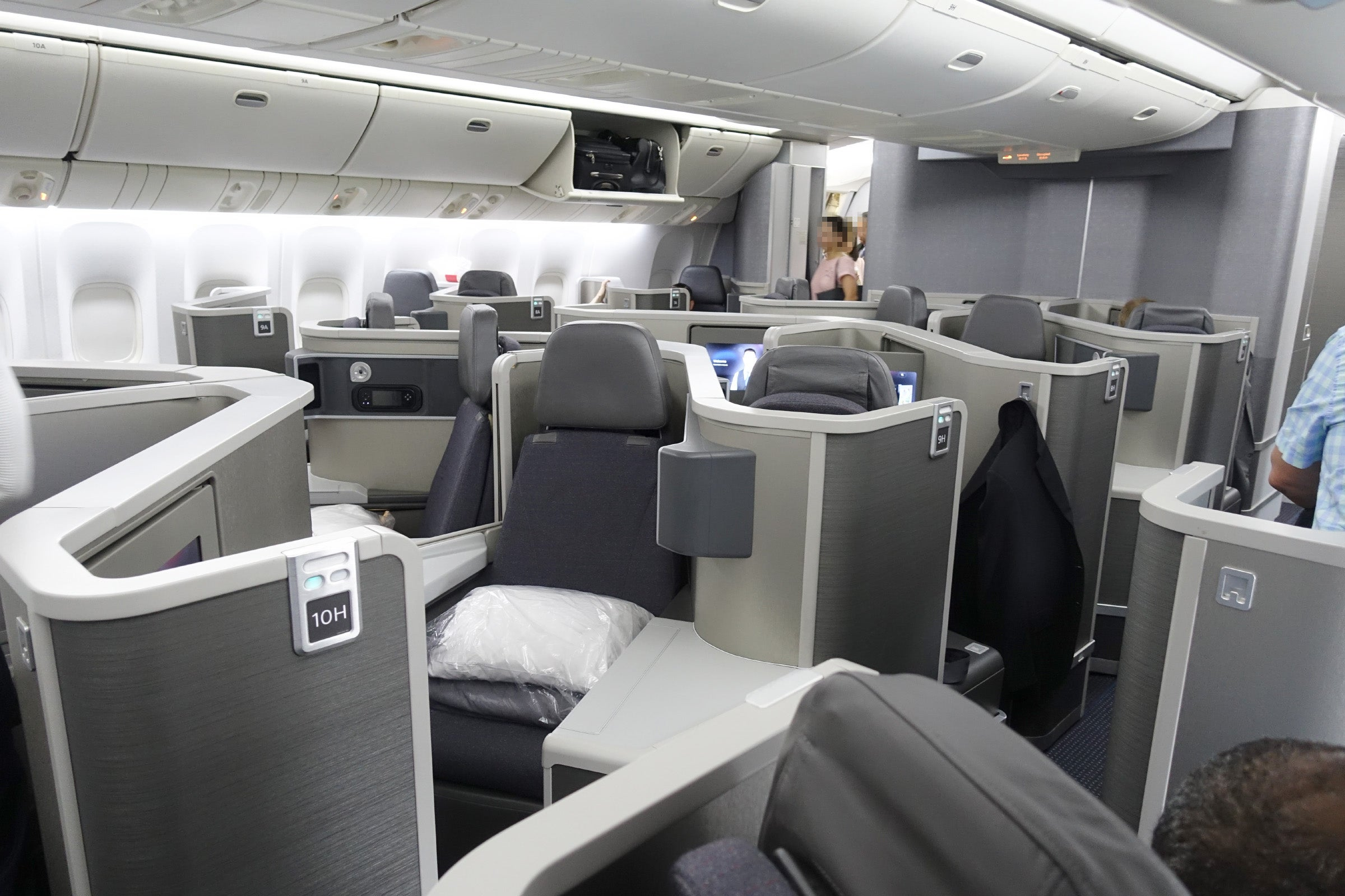 Review Business Class Backwards On American S 777 200