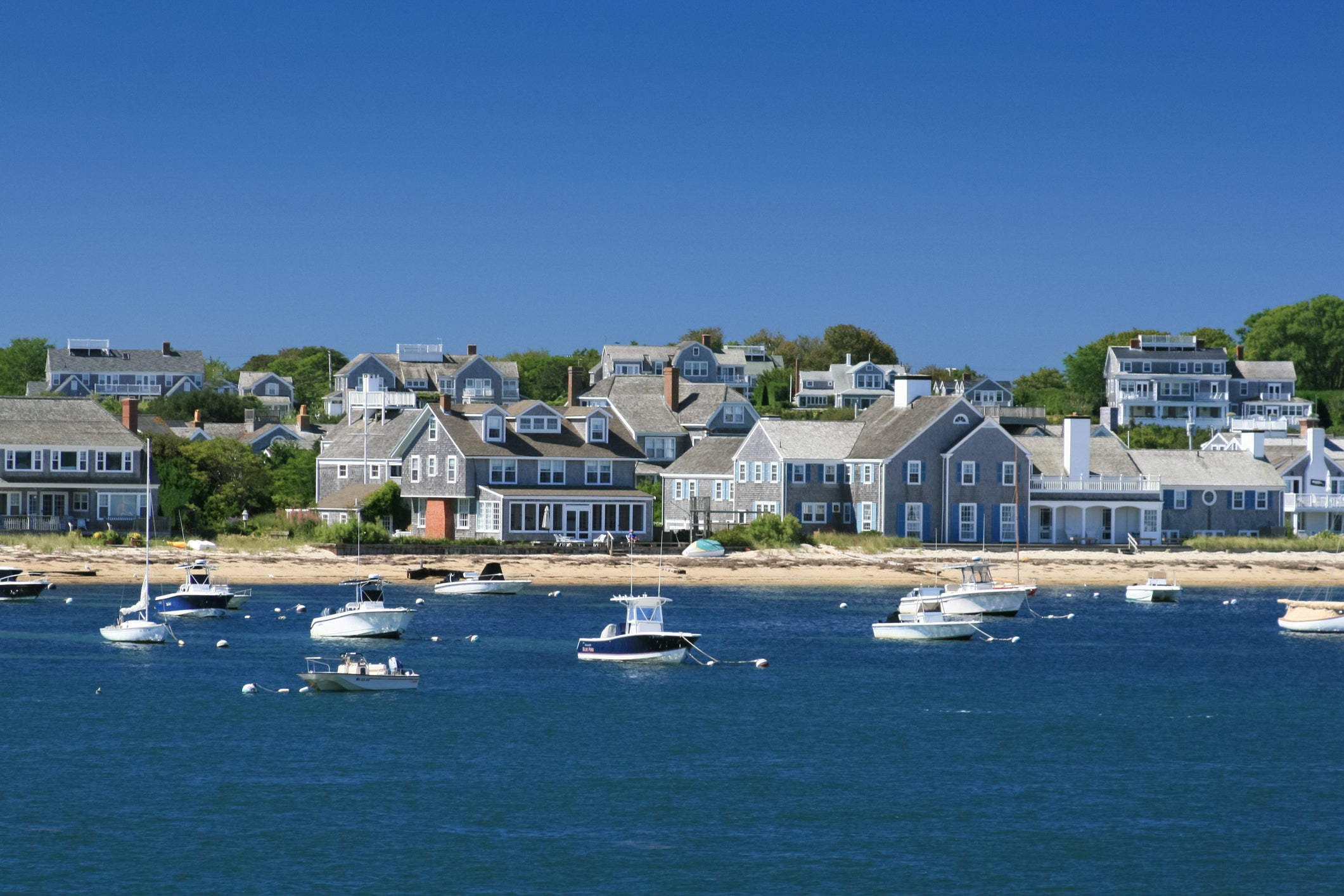 Deal alert: Fly to Martha�s Vineyard or Nantucket for less than $80 round-trip