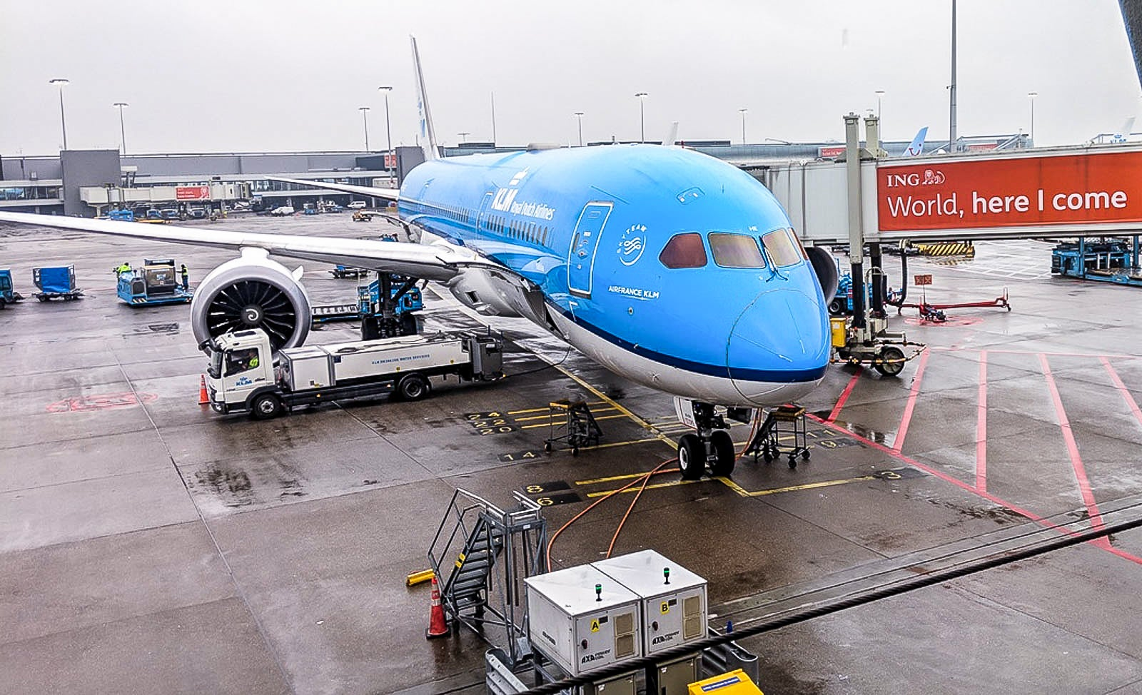 KLM to continue operating long-haul flights after reaching crew testing deal