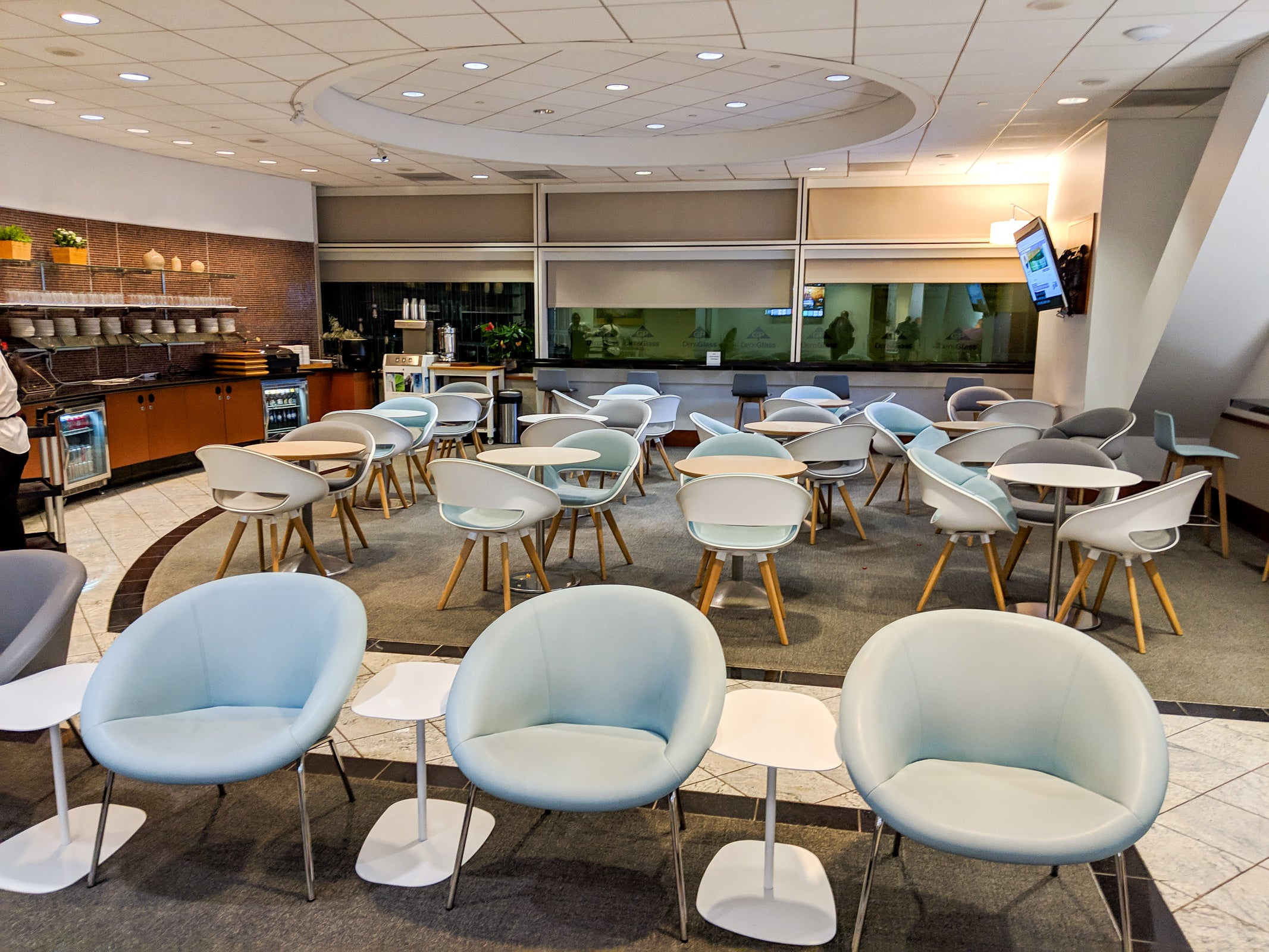 The best UK credit cards for airport lounge access in 2021 - The Points Guy UK