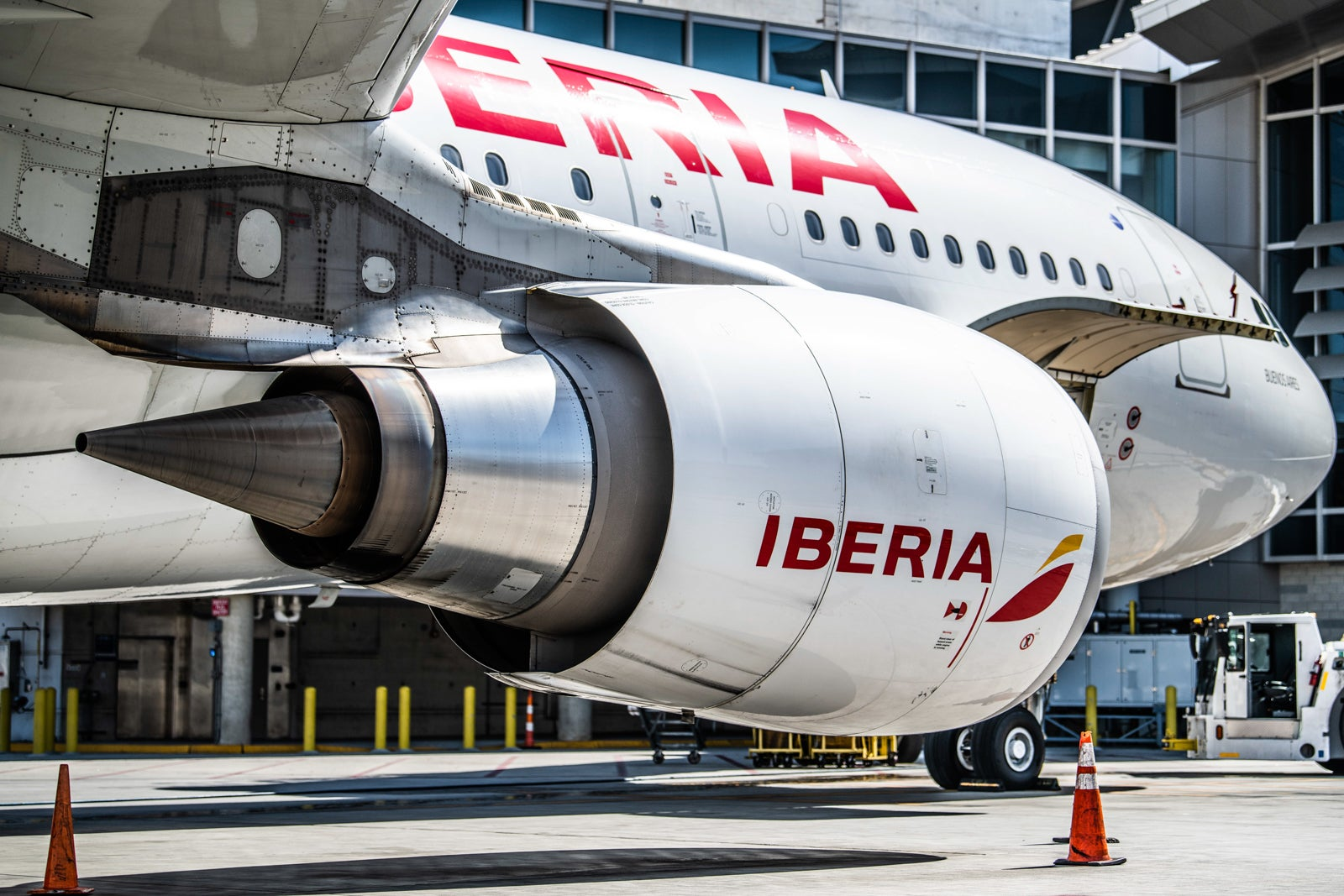 Iberia-A330-in-Los-Angeles-AIrport-LAX