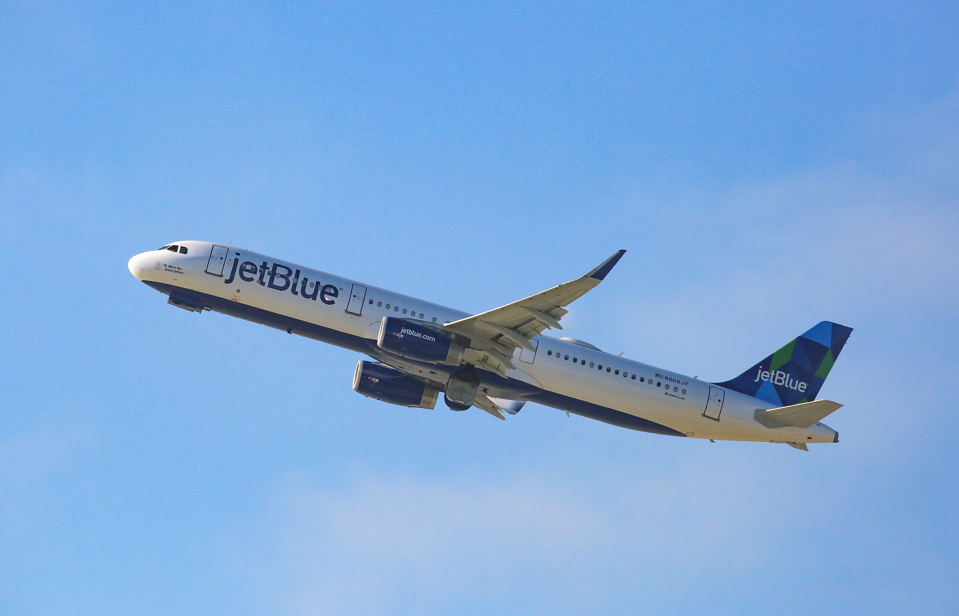 JetBlue defers some Airbus A321LR deliveries, may slow Europe plans