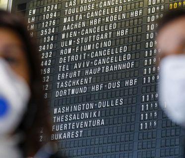 Coronavirus' impact on the travel industry cover image