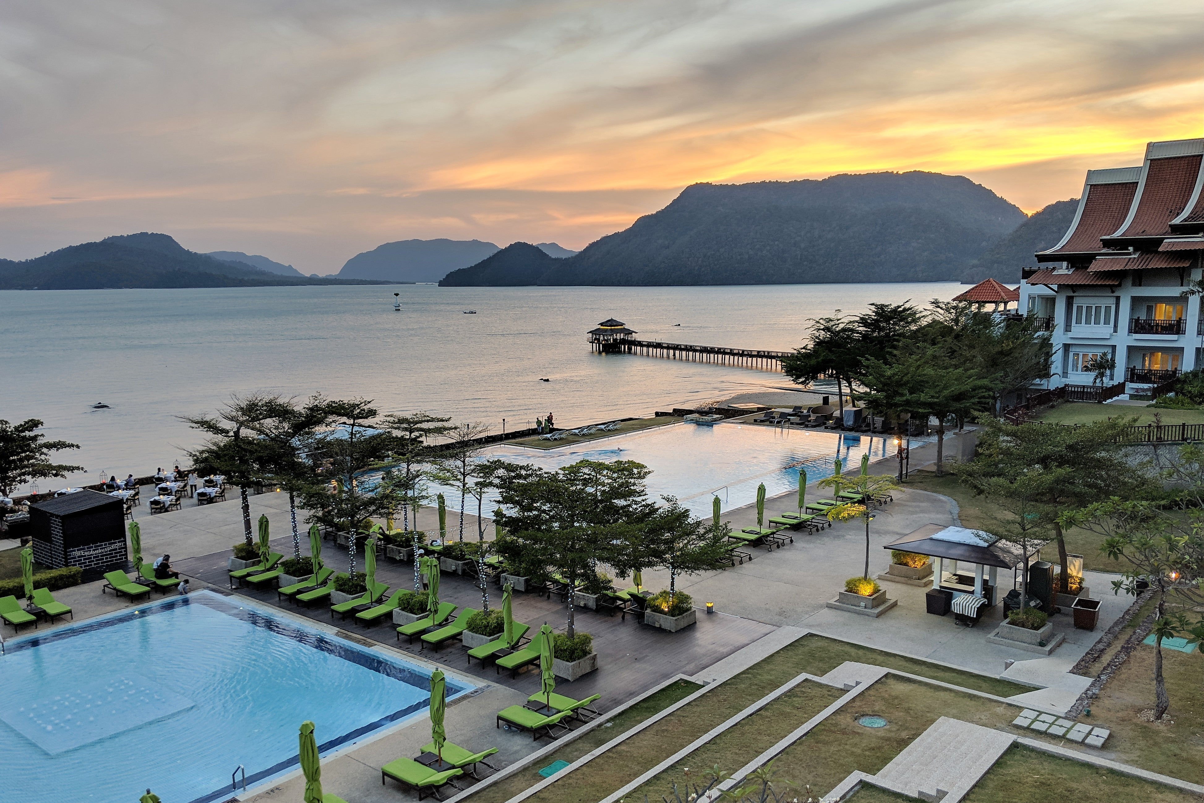 Why I booked 6 upcoming Marriott stays with cash instead of points