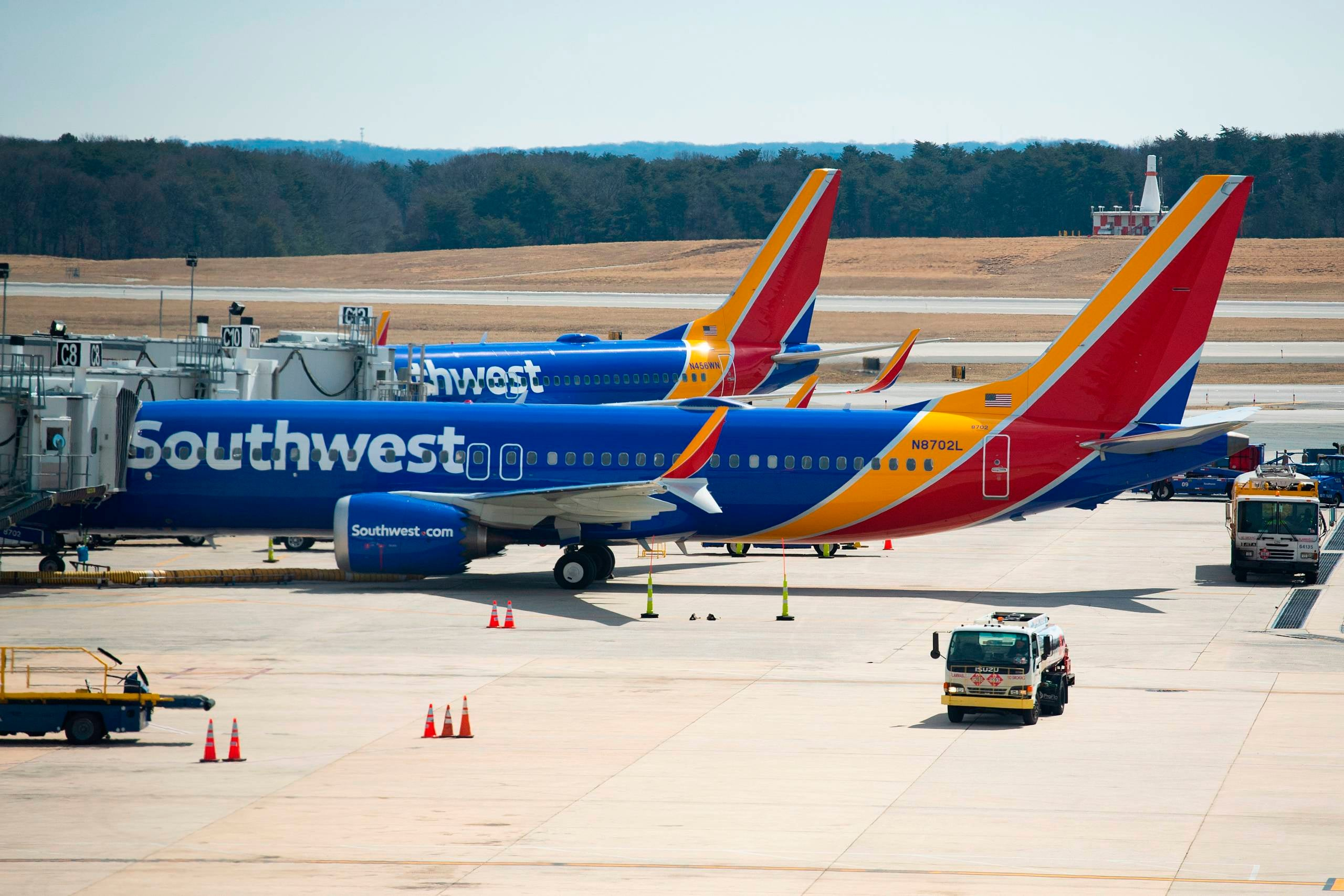 Southwest eyes A220 and MAX 7 for new order
