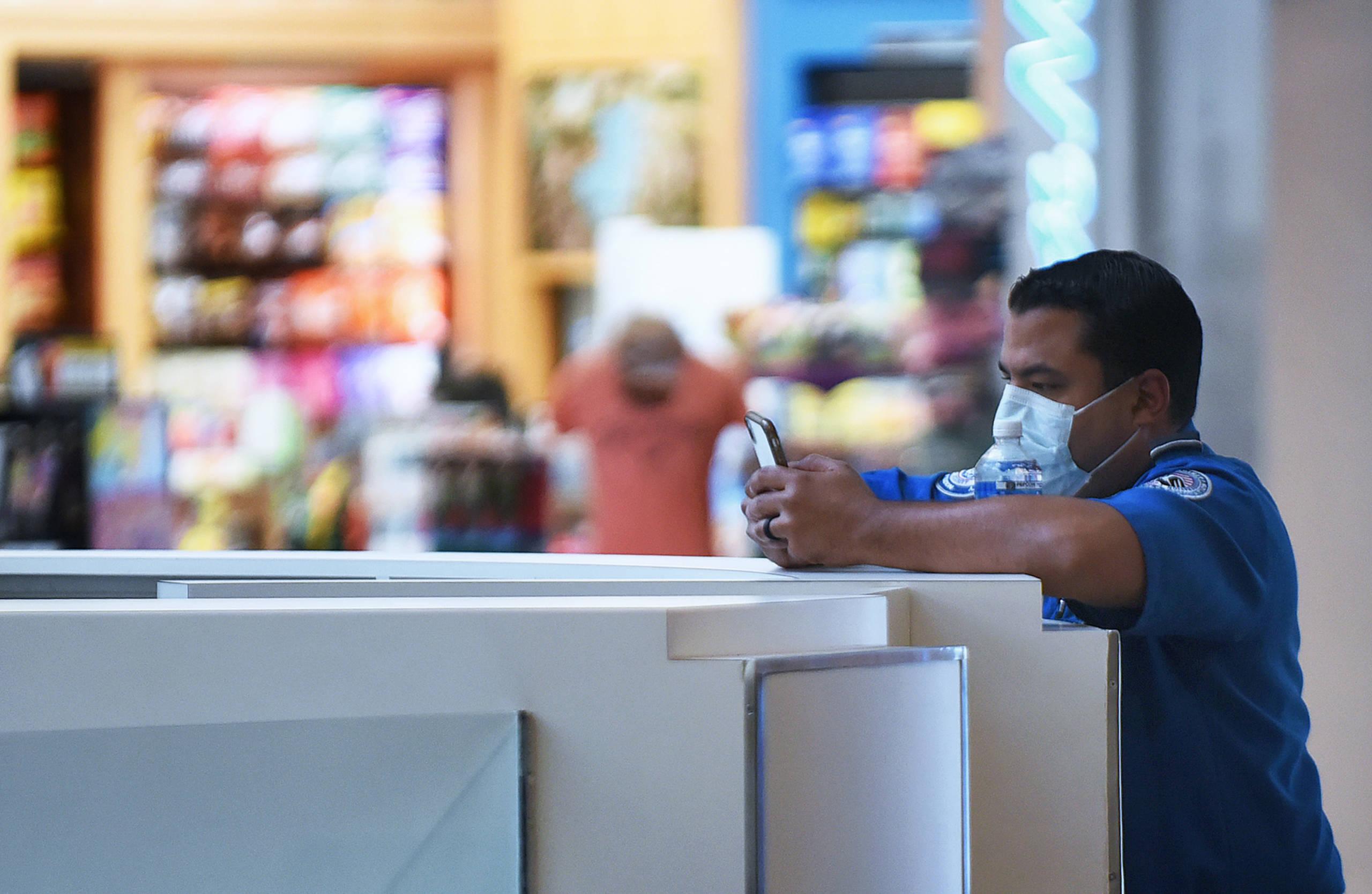 New record low: TSA screens fewer than 100,000 travelers