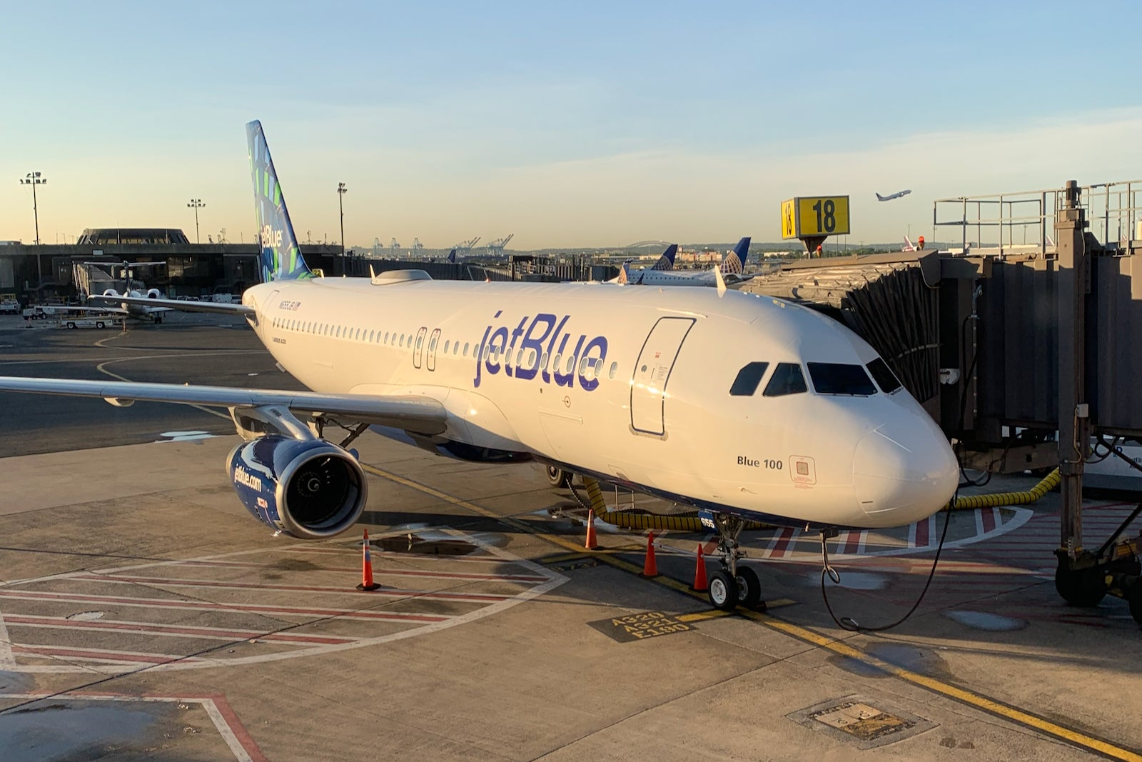 JetBlue adds 4 new cities, including Miami, in 24-route expansion