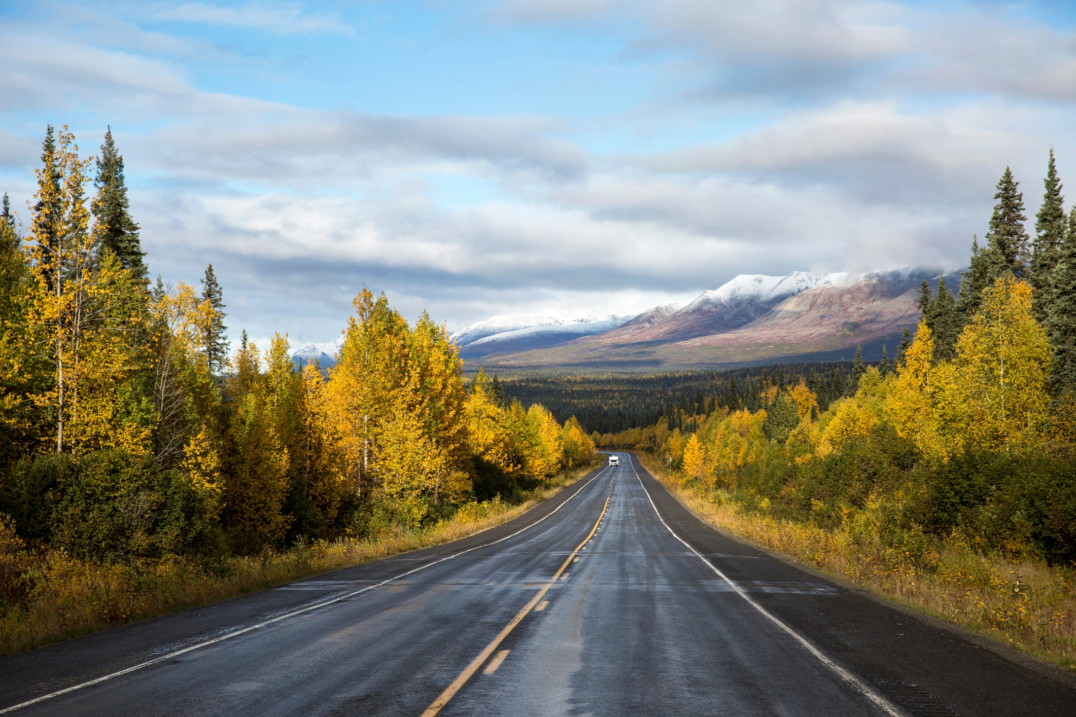 10 tips for anyone taking a road trip right now