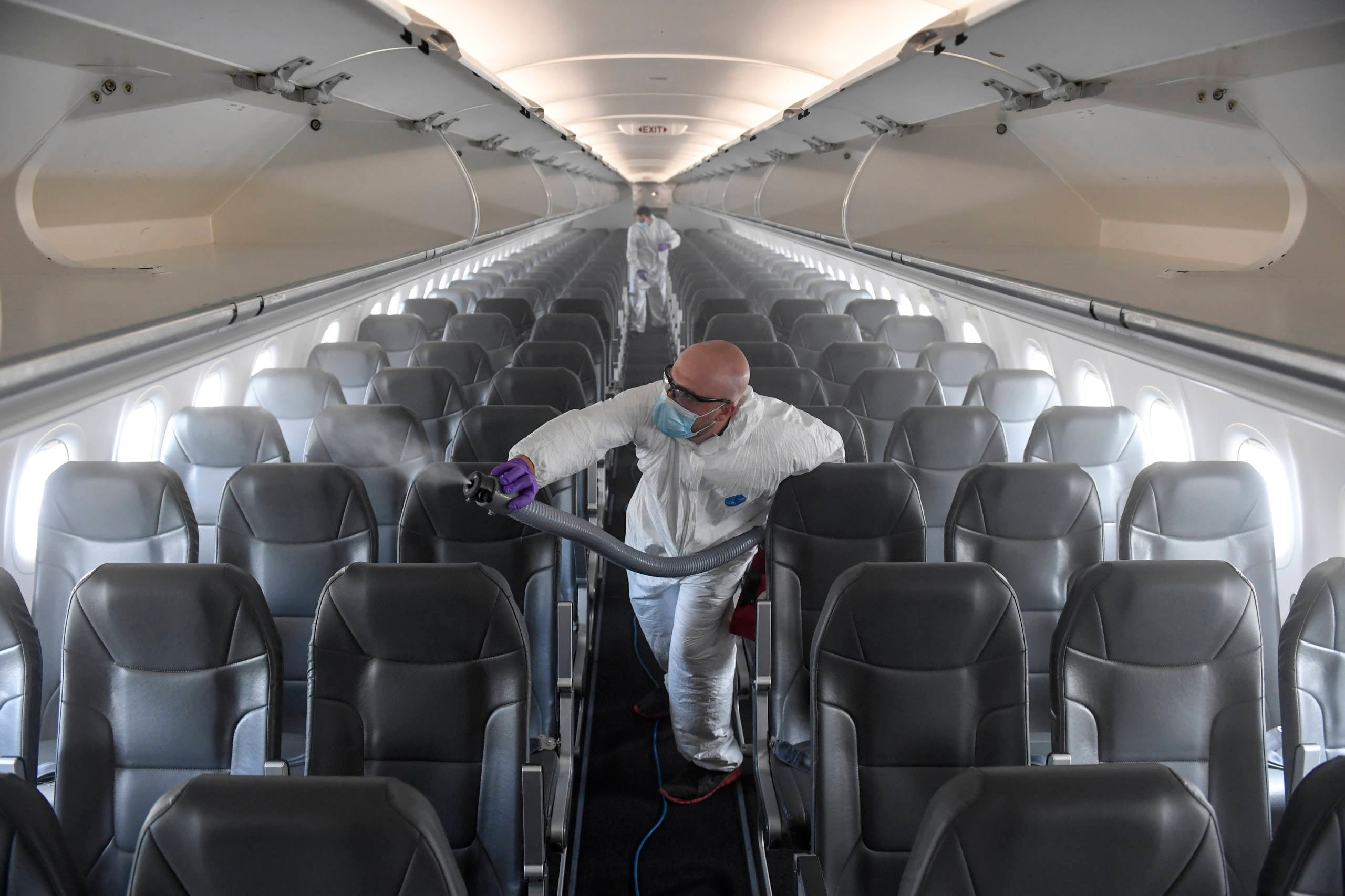 What's it like to fly during a pandemic? We compared 4 different US airlines