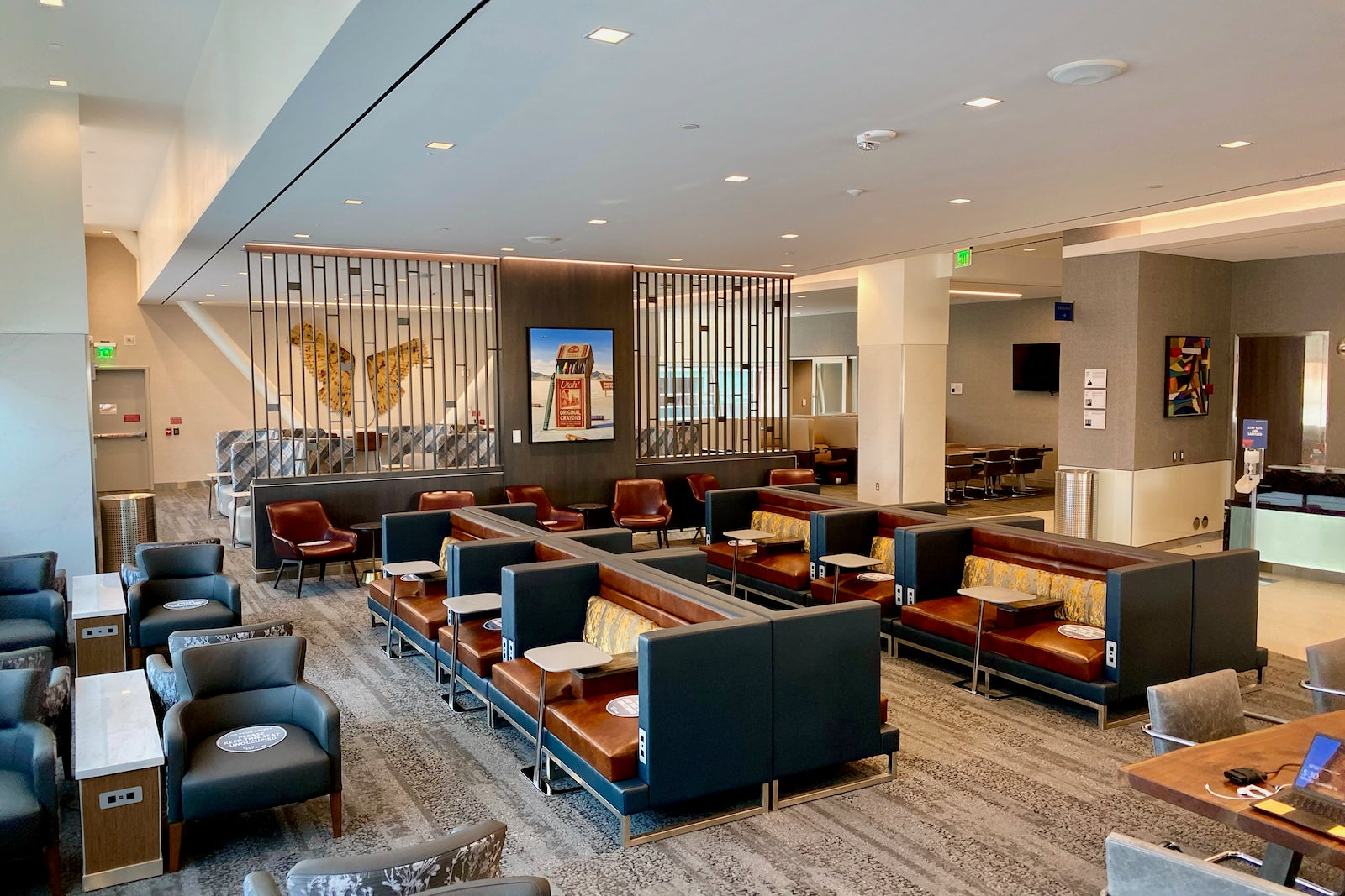 First look: Delta's brand-new (and biggest!) Sky Club in Salt Lake City