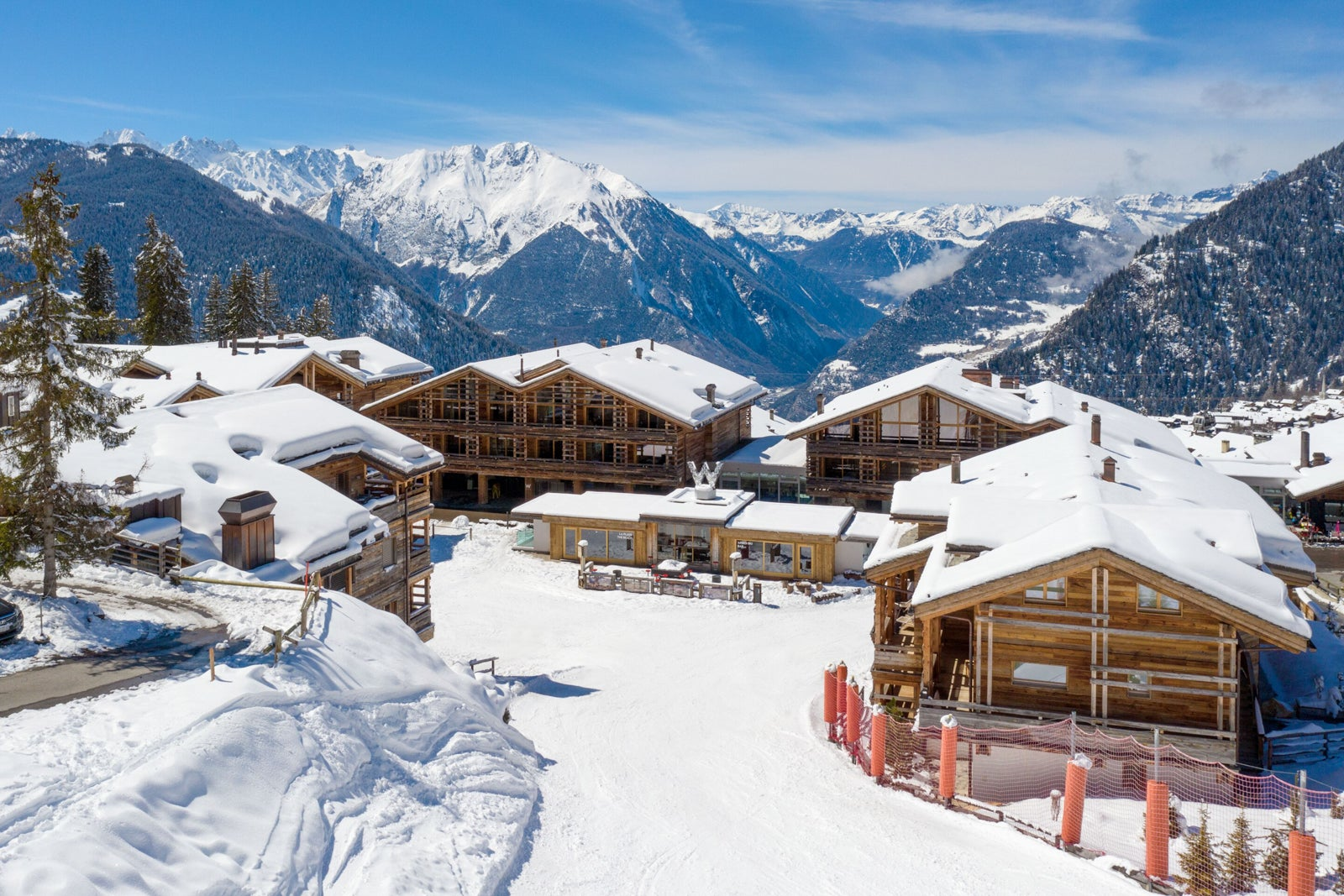 Our favorite ski resort hotels you can book with points