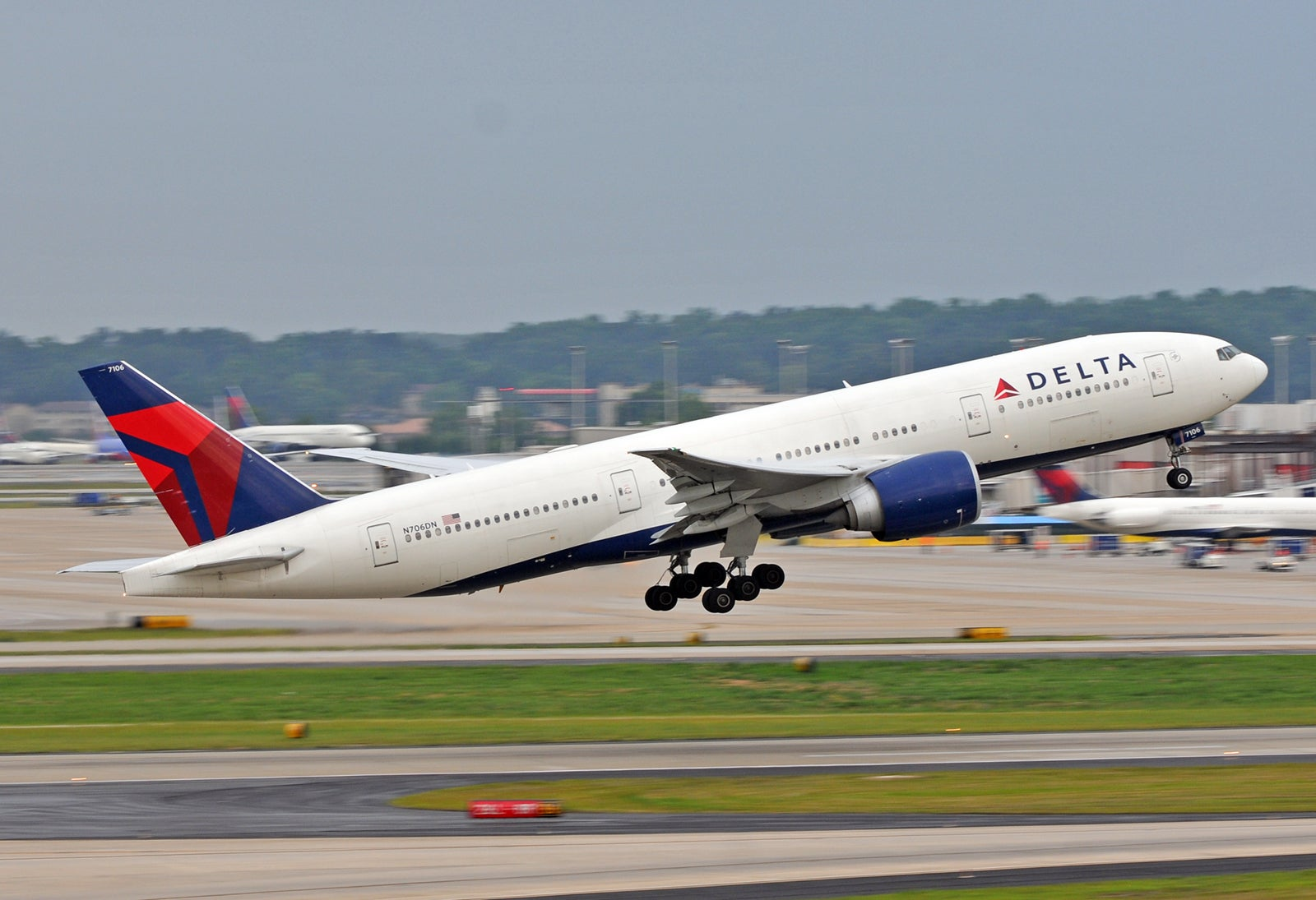 Delta says goodbye to the Boeing 777