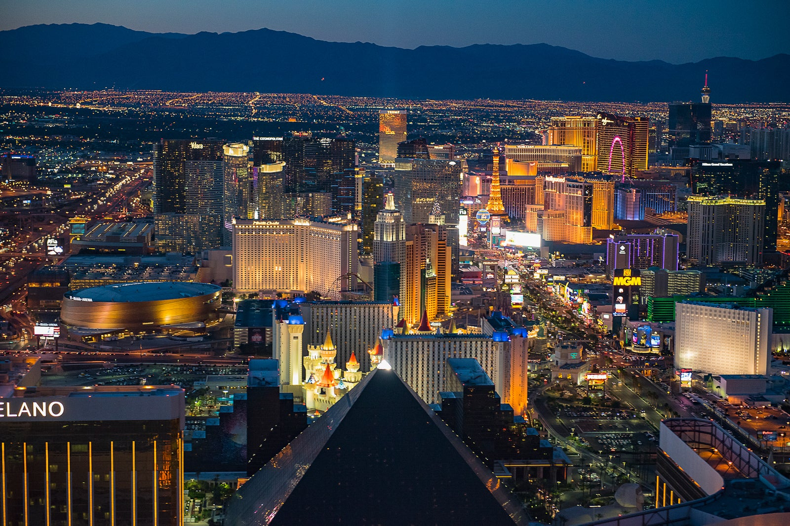 An insider's guide to the top 13 things to do in Las Vegas