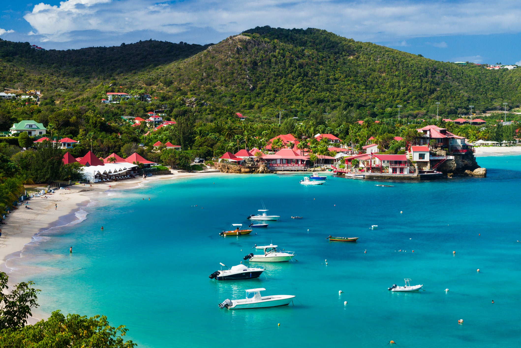 French government forces all overseas territories to suspend tourism