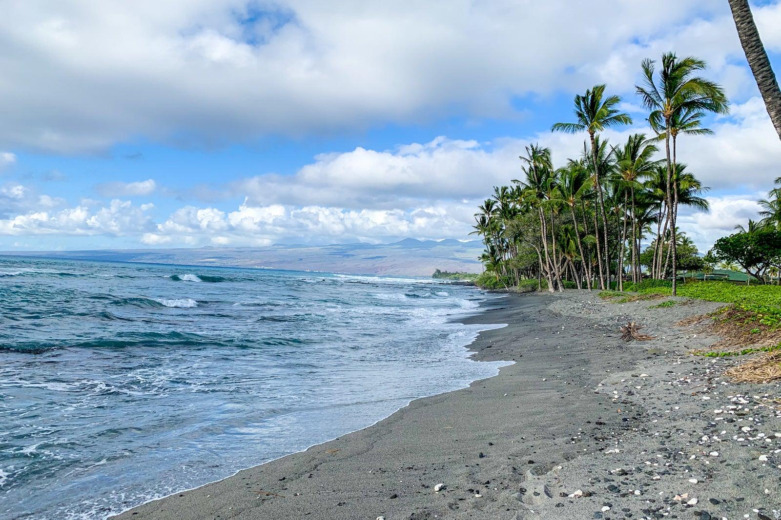 Hawaii pushing back date for vaccine passports, but good news on Kauai... image