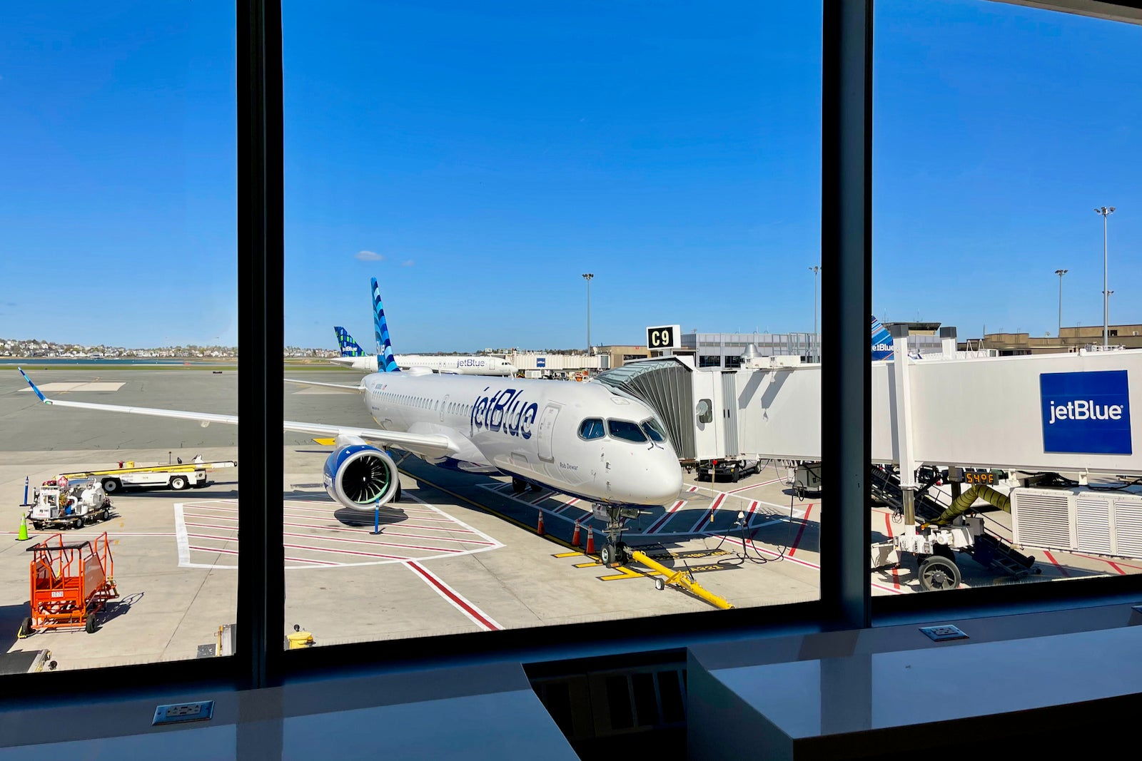 JetBlue cuts a whopping 27 routes in sweeping network update - The Points Guy