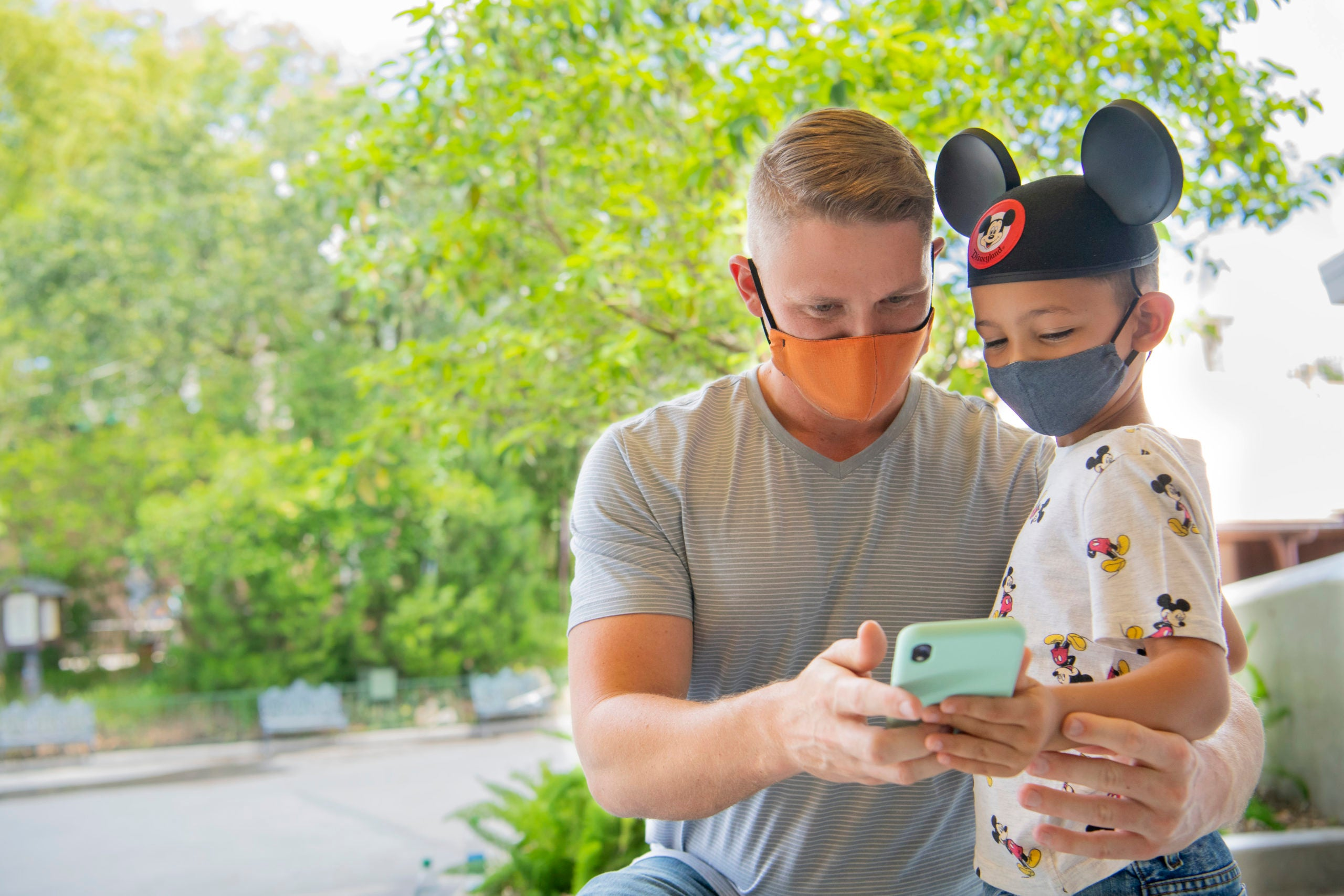 Mask on or mask off? Your guide to the latest rules, by theme park - The Points Guy