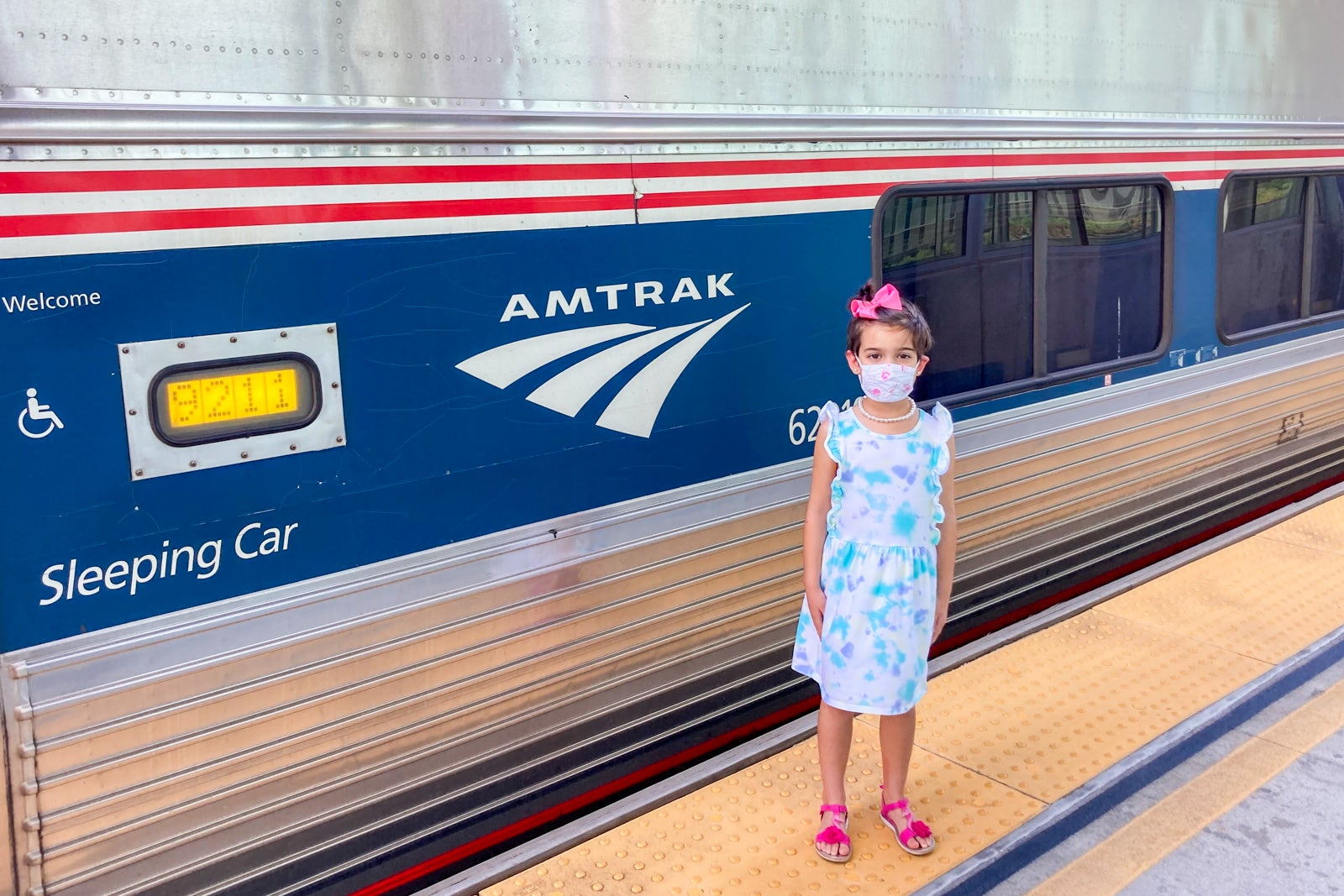 My daughter and I took a train while my wife flew from Florida to DC — here's what it was like - The Points Guy