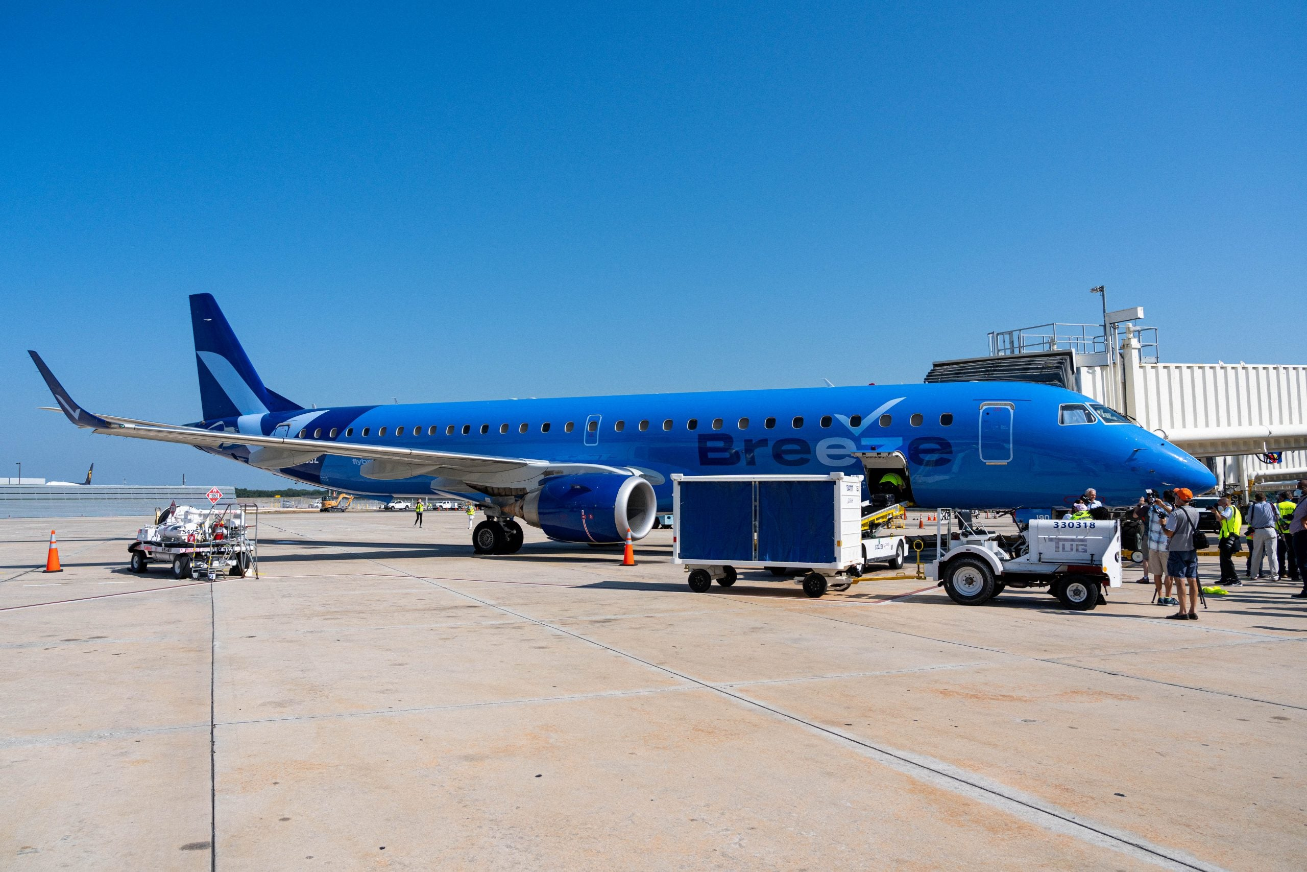 First look: What Breeze Airways, the new airline by JetBlue founder David Neeleman, brings to the skies