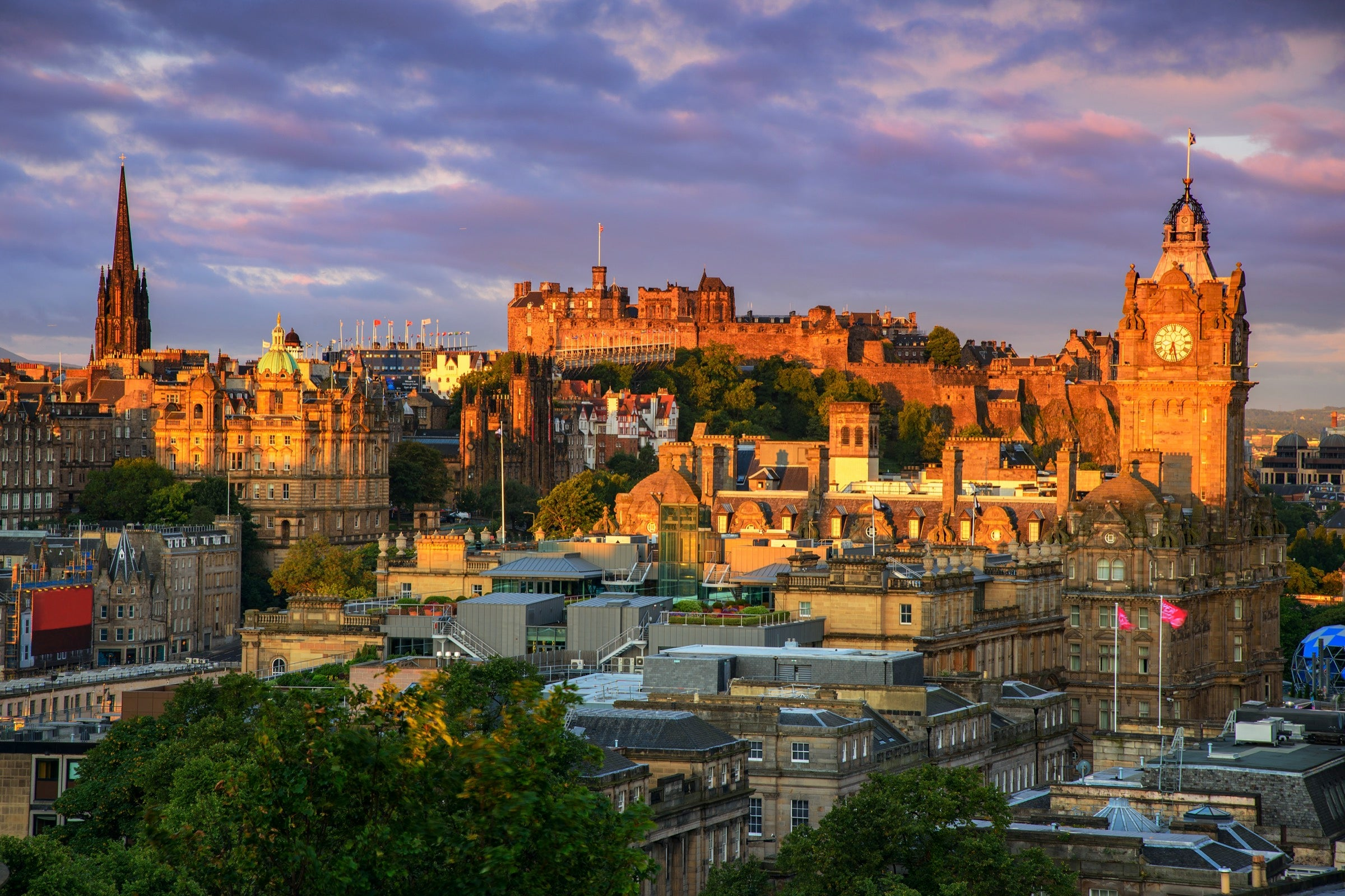 Cleared for Takeoff: A couple's trip from Detroit to Edinburgh with limited points - The Points Guy