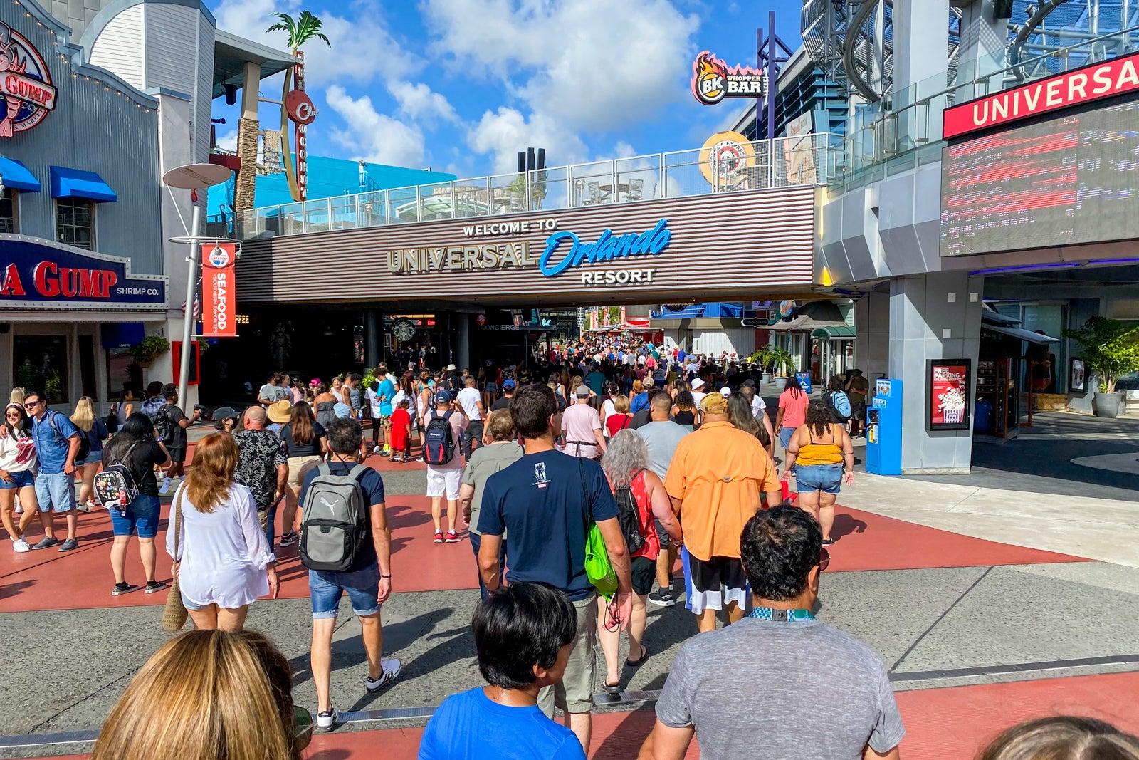 Despite new CDC guidance, masks remain optional at Universal Orlando