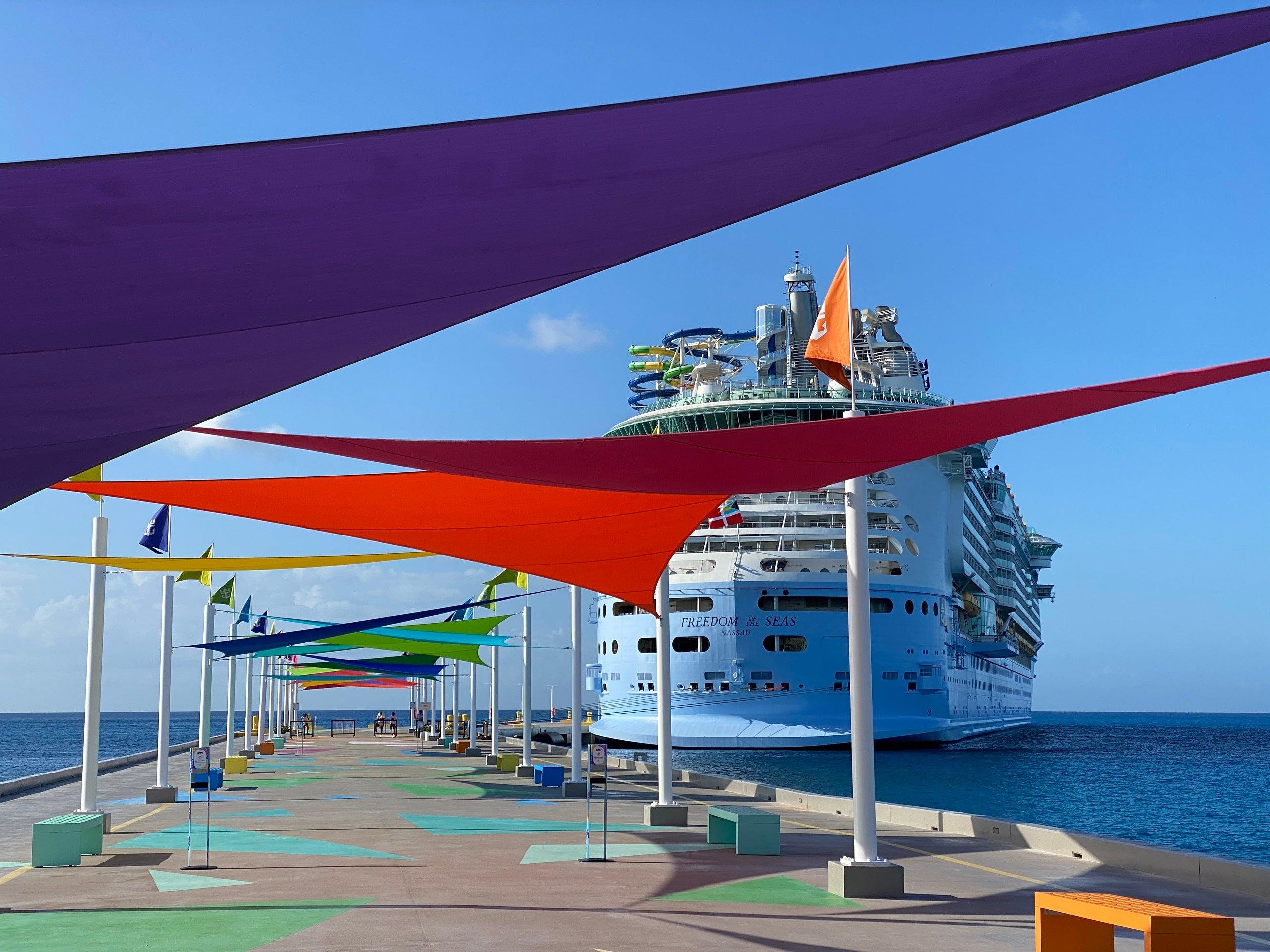 Royal Caribbean's sailing isn't 95% vaccinated